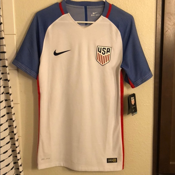 outlet store f03b9 28a9d USA Men's Soccer Jersey NWT